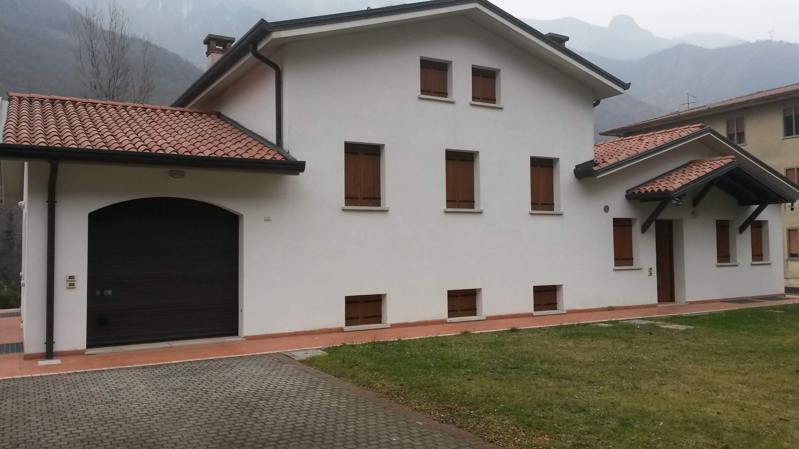 Campolongo s b villetta singola ampie dimensioni a erre - Dimensioni garage doppio ...