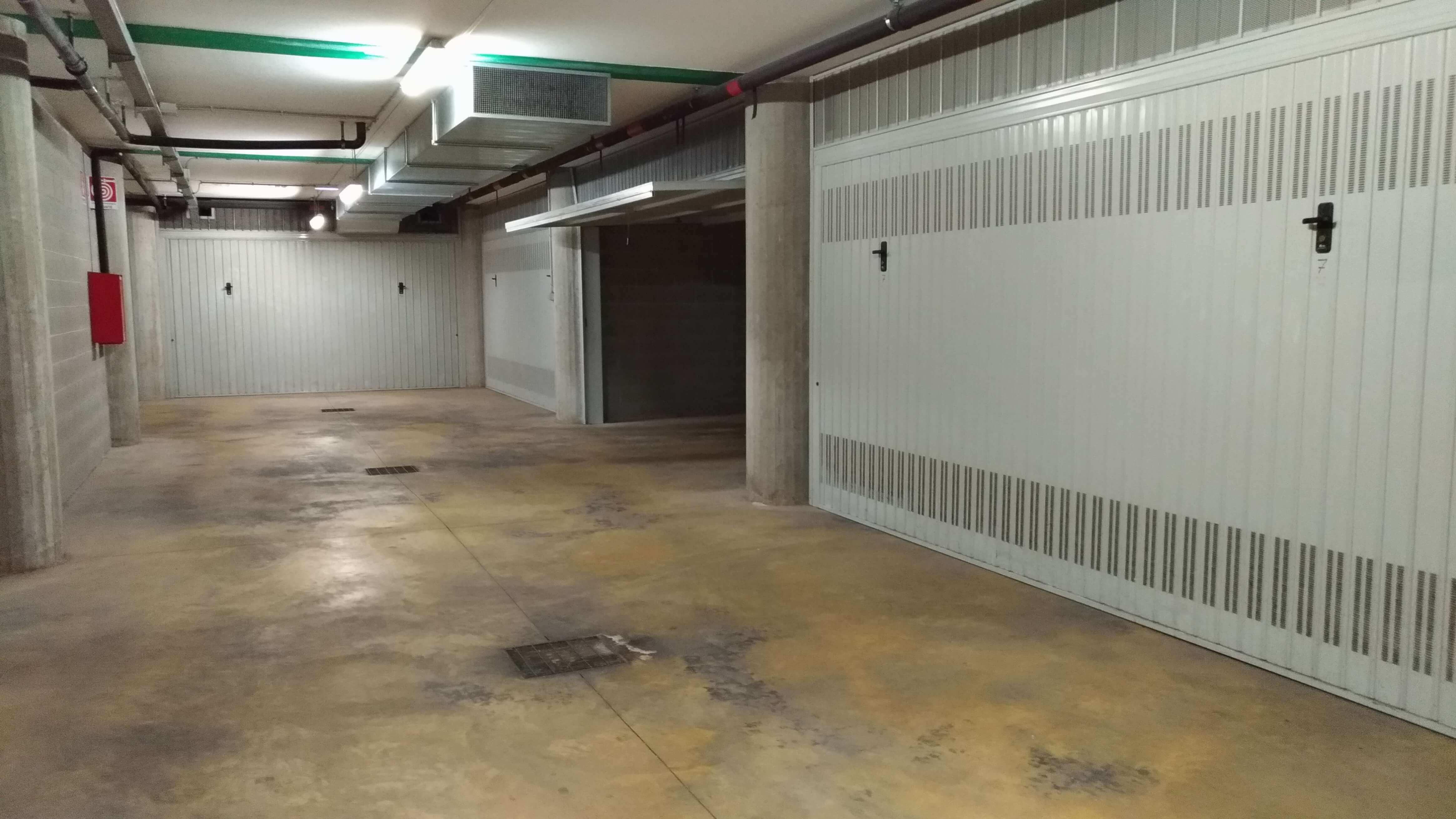 Garage in centro a bassano del grappa a erre for Appartamenti arredati affitto bassano del grappa