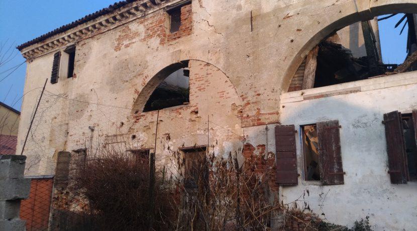 rustico_San_Giorgio_in_Bosco (3)